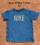 Boys Size 4t Nike t-Shirt- washed not worn in Naperville, Illinois