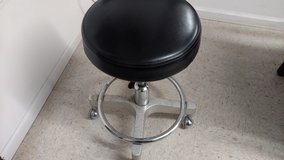 Very Heavy Duty Dentist Stool in Camp Lejeune, North Carolina