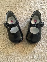 Rachel black patent shoes...size 4 in Chicago, Illinois