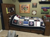 Twin bedroom Set in Bartlett, Illinois
