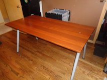 Table/Desk in Westmont, Illinois