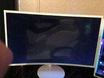 Samsung 32inch Curved Monitor in Coldspring, Texas
