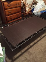 pop up trundle bed frame in Clarksville, Tennessee