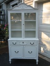 darling ViNtAgE shabby chic china cupboard in Naperville, Illinois