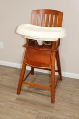 High Chair in Tomball, Texas
