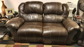 FREE Couch & Love Seat in Stuttgart, GE