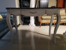 Accent Table in Westmont, Illinois