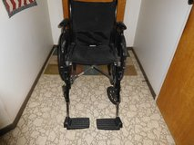 Wheel Chair with Foot Rest in Barstow, California