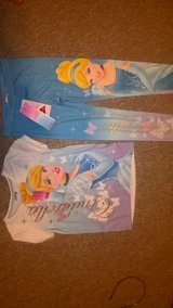 cinderella leggings and top or pjs 6-7 yrs new in Lakenheath, UK