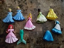 7 Princesses/Castle Carrying Case in Fort Campbell, Kentucky