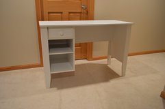 Childrens Desk in Westmont, Illinois