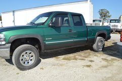 2000 Truck For Sale  Green Extended Cab   4 X 4    4500.00   910-389-6811 in Camp Lejeune, North Carolina