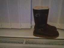 ugg boots in brown leather  vgc in Lakenheath, UK