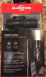 SureFire X300 U-A Ultra Light 600 Lumens Universal Rail Mount in Tacoma, Washington