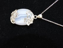 925 Silver & Moonstone Pendant w/ 18 Silver Chain in Pearland, Texas