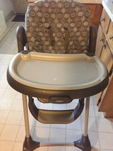graco highchair in Cherry Point, North Carolina