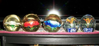 Heavy Glass Paper Weights with Glass flowers in Alamogordo, New Mexico