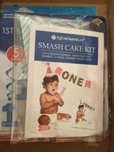 Smash cake kit / first birthday in Ramstein, Germany