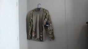 New MultiCam shirt with tags large in Fort Campbell, Kentucky
