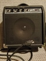 Guitar amplifier SP 10 in Naperville, Illinois