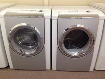BOSCH Frontload Washer / Dryer Set in Temecula, California
