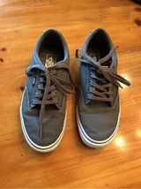 Reduced!~Men's Vans Shoes-size 8.5~ in Glendale Heights, Illinois