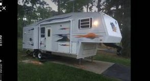 05 Holiday Rambler Fifth Wheel in Coldspring, Texas