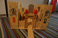 Play Mobil Castle/ Wooden Like New! in Brookfield, Wisconsin