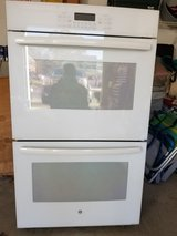 GE BUILT IN ELECTRIC DOUBLE WALL OVEN in Toms River, New Jersey