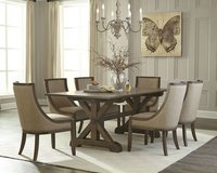 United Furniture - Chateau Dining Set - NEW MODEL including delivery - in Spangdahlem, Germany