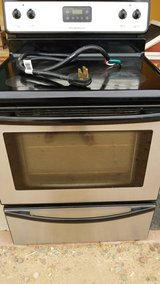 Electric stove in Yucca Valley, California