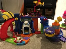 Vtech go go smart wheels blast off space station and rocket in Westmont, Illinois