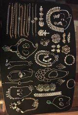 RHINESTONE JEWELRY in Yorkville, Illinois