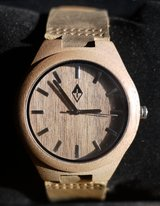 Woodgrain Wooden Analog Wristwatch With Leather Strap – New! in Indianapolis, Indiana