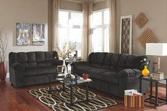 ASHLEY JULSON EBONY SOFA LOVESEAT in Schofield Barracks, Hawaii