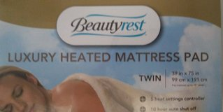 Beautyrest Luxury Heated Mattress Pad - Twin in Lake Worth, Texas
