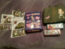 13 BRATZ Boys & Girls Poseable Dolls With Carry Case & Accessories in Fort Leonard Wood, Missouri