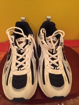 athletic / gym shoes men Sz 9.5 brand new in Morris, Illinois