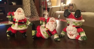 Fitz & Floyd Santas in Sugar Grove, Illinois
