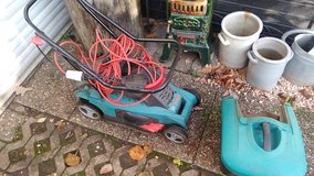 Bosch Lawn mower with bag and cord 220 in Ramstein, Germany