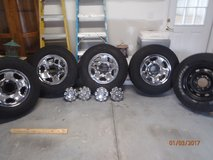 Dodge Ram 2500 Tires and Wheels in Beaufort, South Carolina