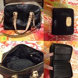 MK purse with matching wallet in Fort Campbell, Kentucky