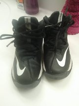 boys 11.5 nikes in Fort Campbell, Kentucky