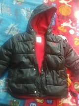 Boys Old navy 5t coat in Fort Campbell, Kentucky
