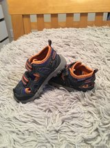 Stride Rite Toddler Shoes size 5 in Travis AFB, California