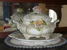 Vintage Porcelain Serving Bowl in Quantico, Virginia