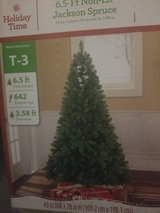 6.5 foot Artificial Christmas Yree in Byron, Georgia