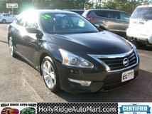 2014 Nissan Altima SV- CLEAN!!! BLUETOOTH! GREAT MPG! in Camp Lejeune, North Carolina