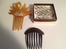Vintage Decorative Hair Combs in Bartlett, Illinois