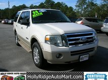 2008 Ford Expedition Eddie Bauer Edition V8!!!  4 X 4!!! DVD players in rear headrests! 136k miles in Camp Lejeune, North Carolina